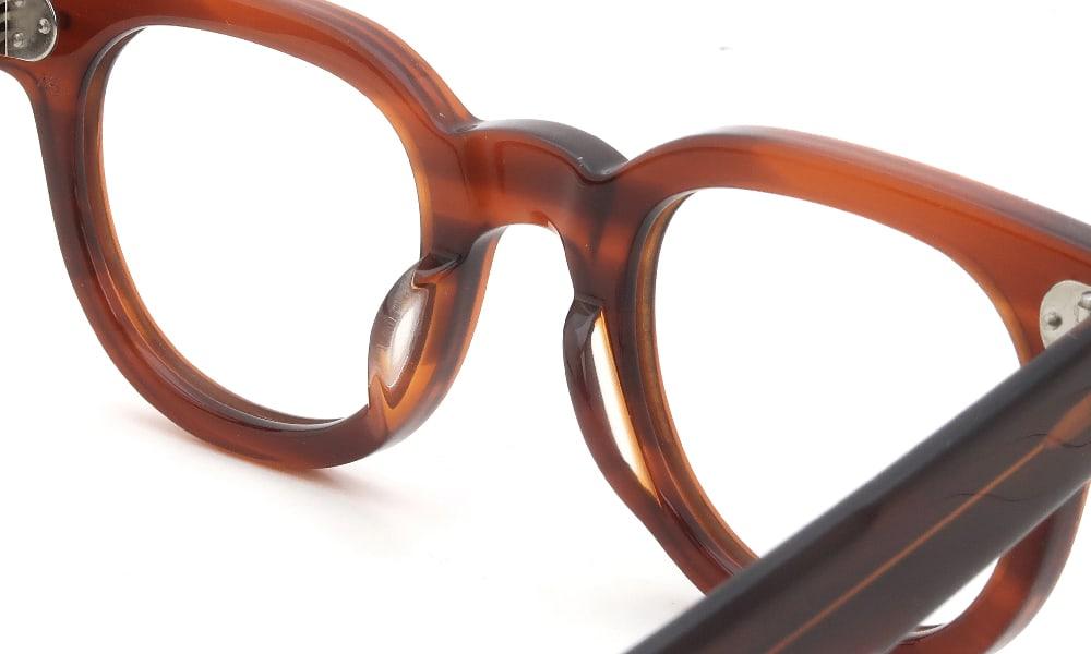眼鏡の鼻あて・パット交換 JULIUS TART OPTICAL FDR-46 Demi-Amber クリアパッド大 加工前