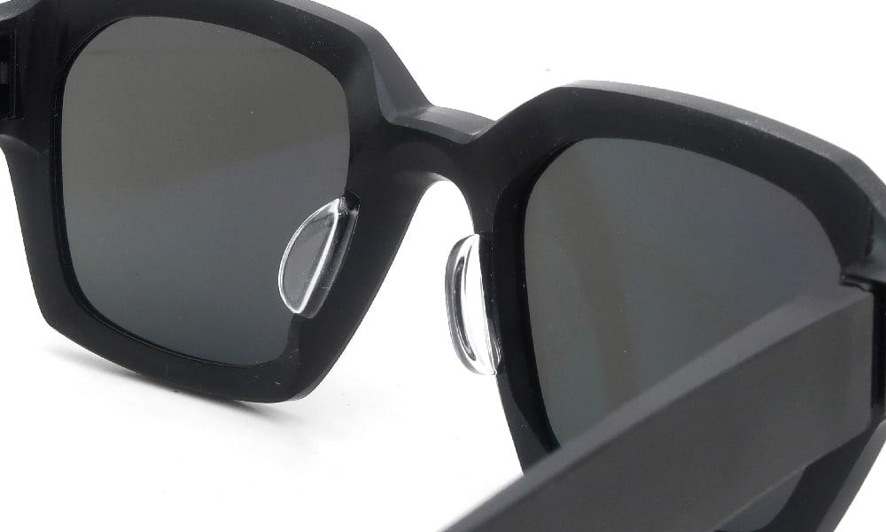 眼鏡の鼻あて・パット交換 MYKITA+Maison Margiela MMRAW019 812 クリアパッド大 加工後