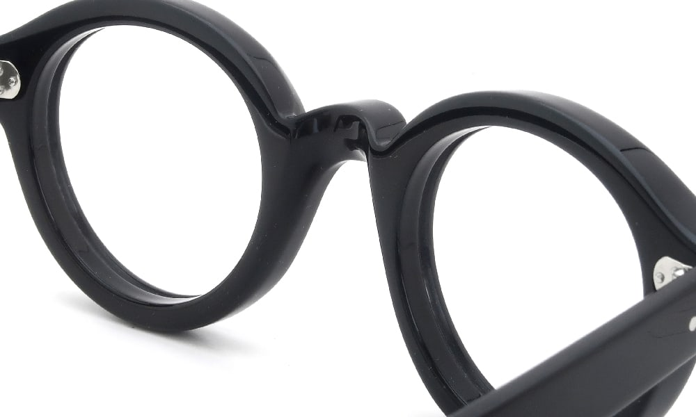 眼鏡の鼻あて・パット交換 Lesca La Corbs 100 クリアパッド大 加工前