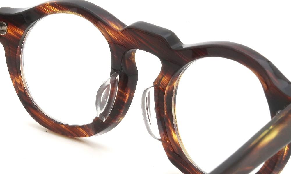 眼鏡の鼻あて・パット交換 Jacques Durand 506 013 クリアパッド中 加工前