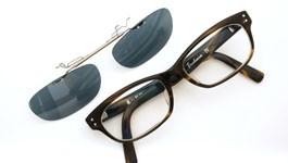 泰八郎謹製 ポンメガネオリジナル跳ね上げ式クリップオンサングラス Exclusiv4 CHS グリーンブルーレンズGM 装着例
