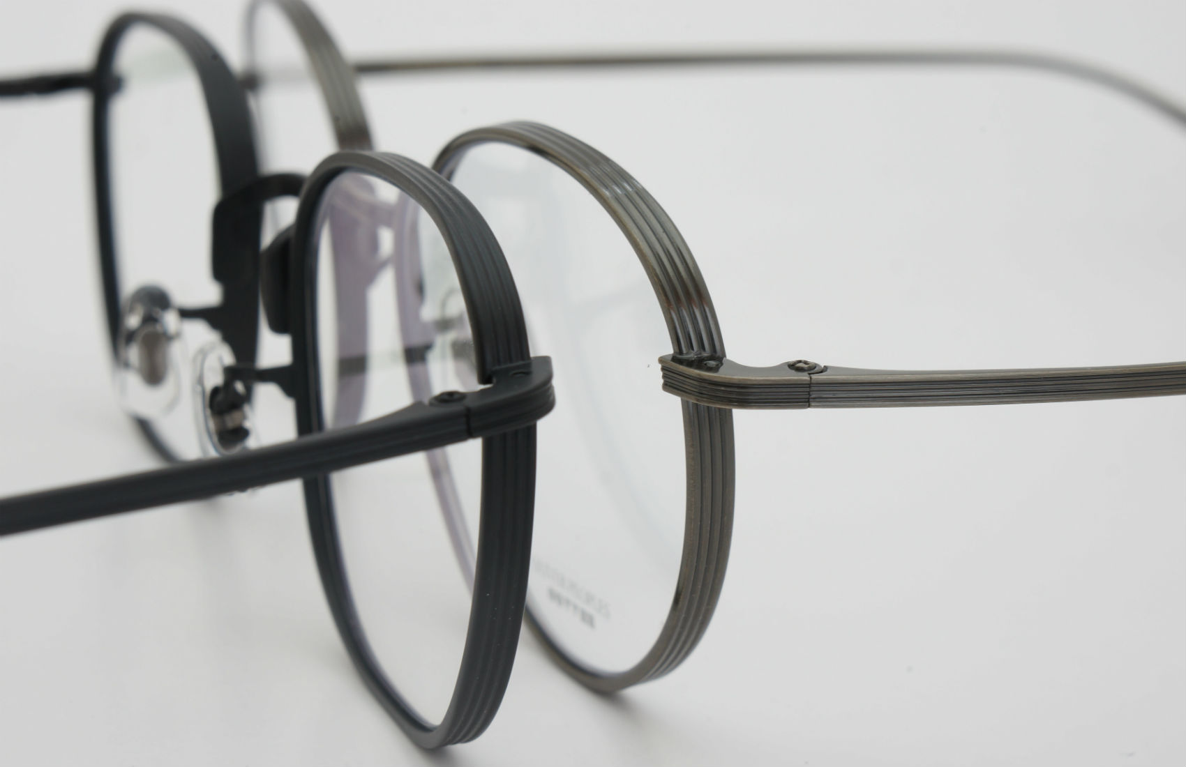 OLIVER PEOPLES×THE ROW アイウェアコレクション