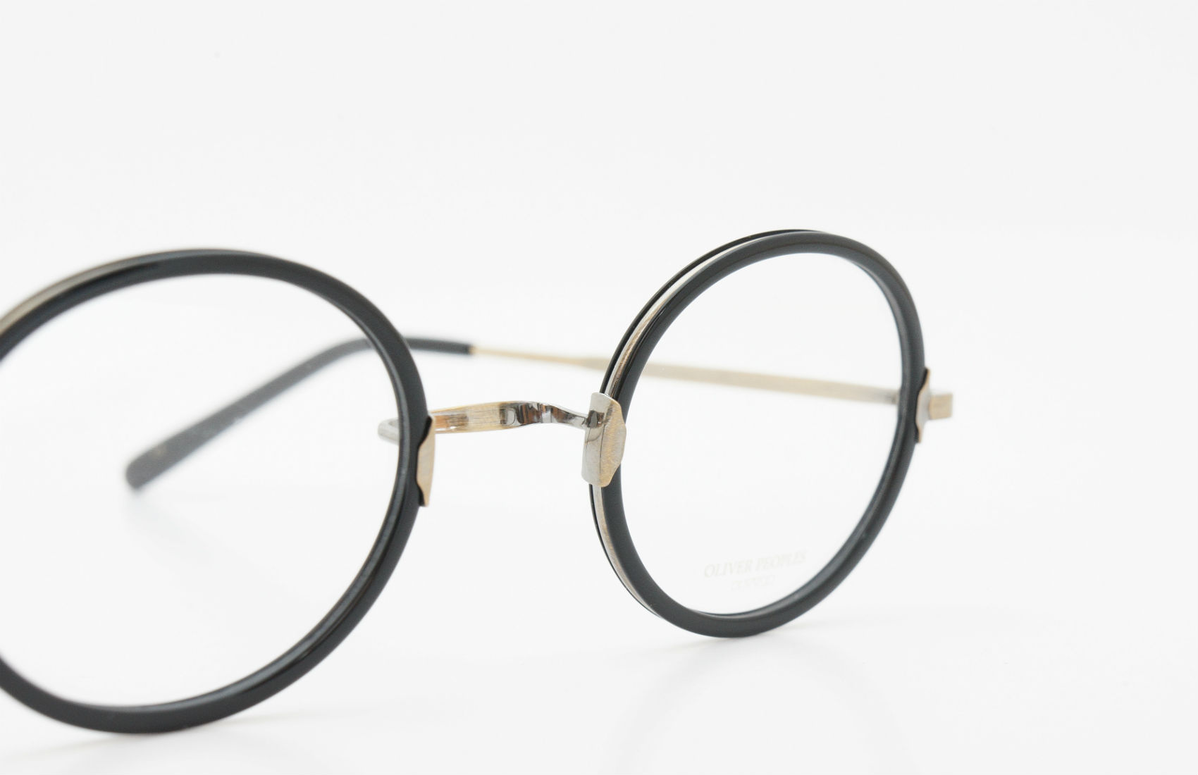 OLIVER PEOPLES Ackerman