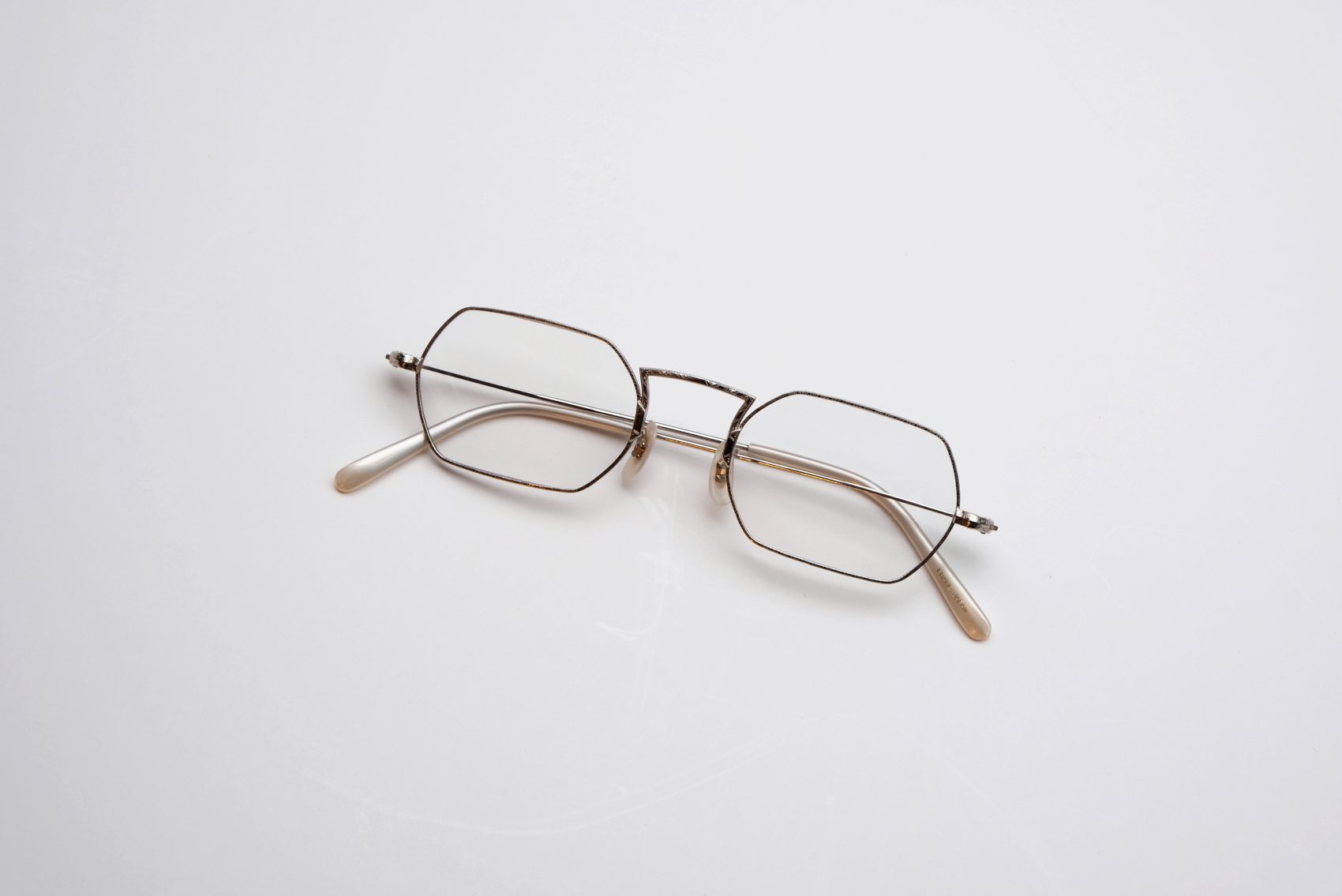 OLIVER PEOPLES OP-5