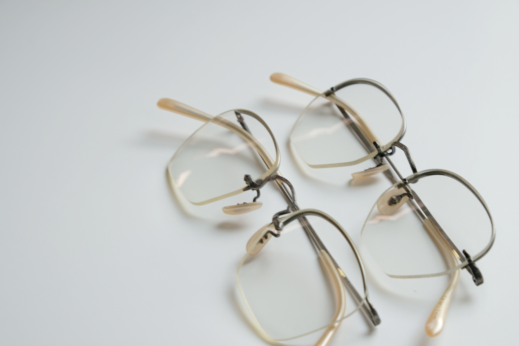 OLIVER PEOPLES 1980s-1990s
