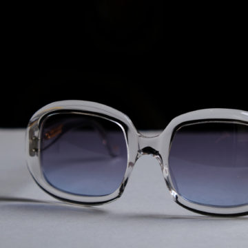 OLIVER GOLDSMITH / MADE IN ENGLAND