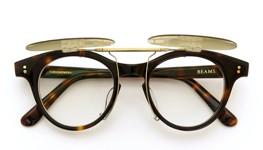 白山眼鏡×BEAMS ポンメガネオリジナル跳ね上げ式クリップオンサングラス デミ アッシュベージュレンズAG 装着例_open