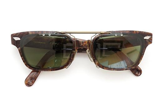 白山眼鏡クリップオンサングラス1992 ヴィンテージグリーンAG 装着例 閉じた状態
