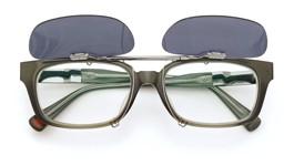 UNITED ARROWS×金子眼鏡 ポンメガネオリジナル跳ね上げ式クリップオンサングラス デミ/ゴールド ダークグレーレンズAG 装着例 open