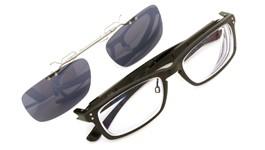 OAKLEY ポンメガネオリジナル跳ね上げ式クリップオンサングラス PLANK Matte-Black ダークグレーレンズGM 装着例