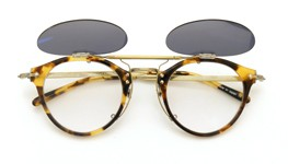 OLIVER PEOPLES クリップオンサングラス OP-505 DTB ダークグレーレンズ 装着例_open