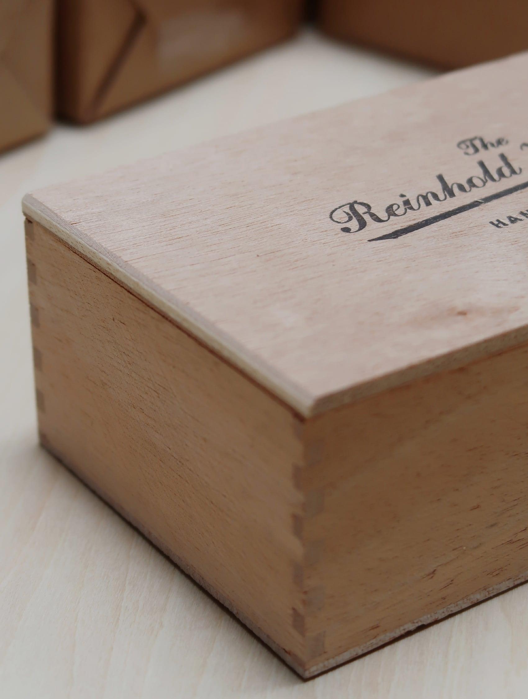 REINHOLD KÜHN 木製ボックス