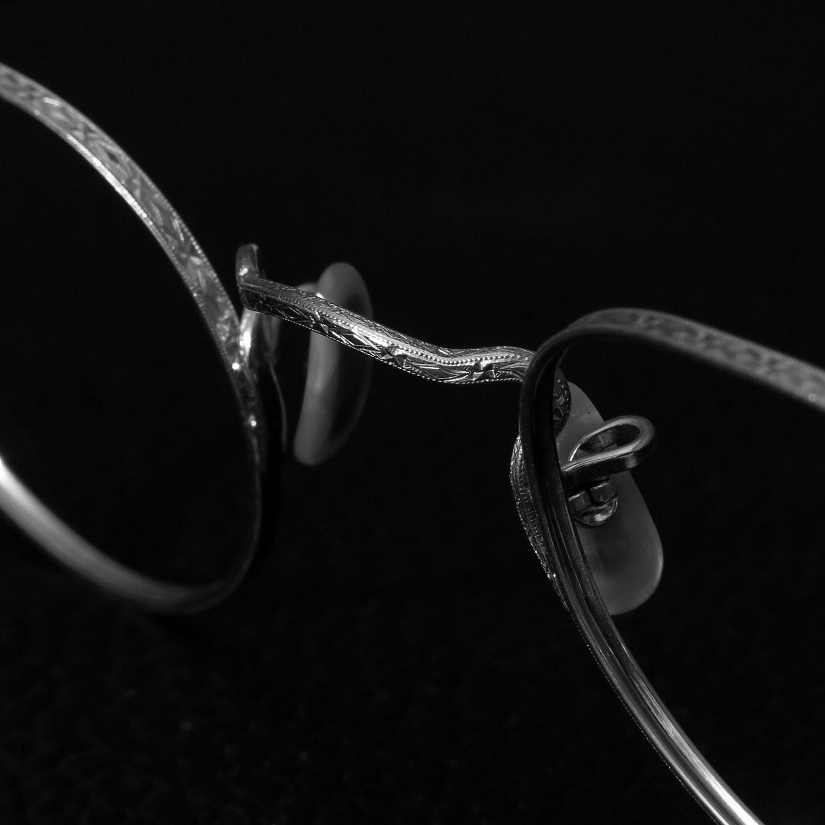 insta-1708-vintage-metal_06-1