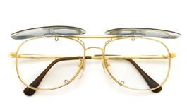 no brand ポンメガネオリジナル跳ね上げ式クリップオンサングラス gold グリーンブルーレンズGM 装着例 開いた状態