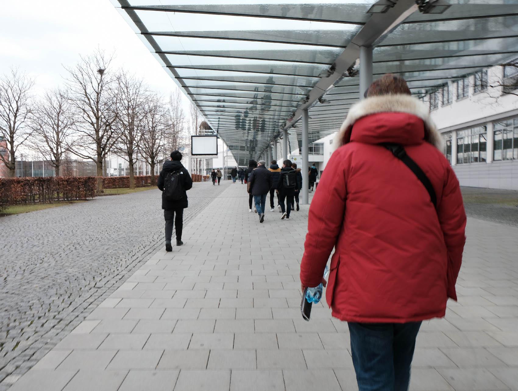 メガネの国際展示会 opti 2020 Messestadt West駅からopti会場へ