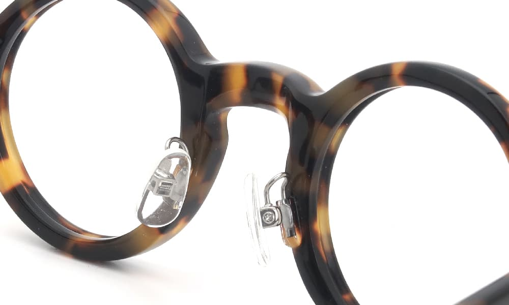 眼鏡の鼻あて・パット交換 lesca G-BURT H827 後