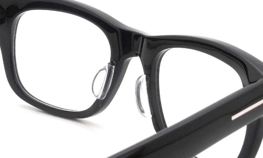 眼鏡の鼻あて・パット交換 TOM-FORD TF5472 001 後