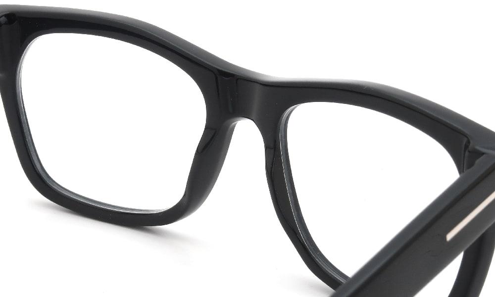 眼鏡の鼻あて・パット交換 TOM-FORD TF5468 002 前