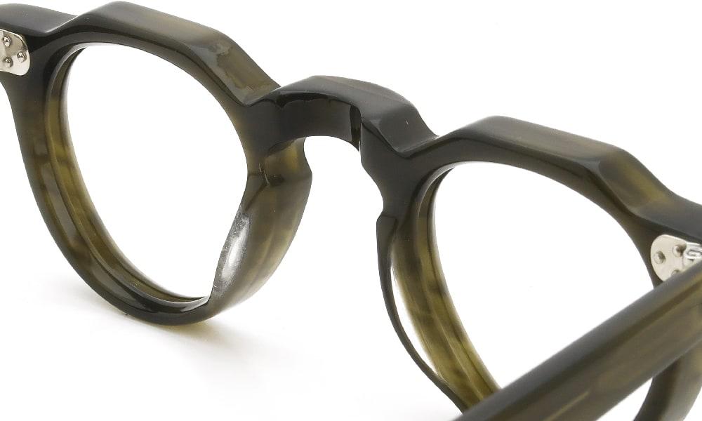 眼鏡の鼻あて・パット交換 Lesca LUNETIER BERTOLD C7 前