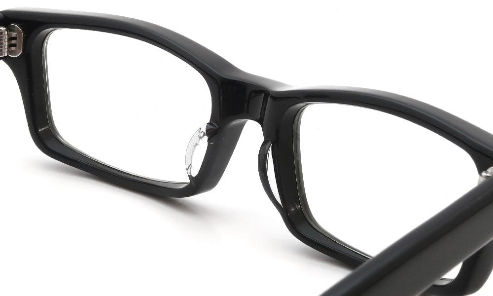 眼鏡の鼻あて・パット交換 EFFECTOR whammy BK 前