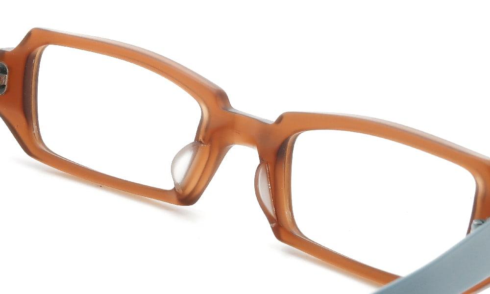 眼鏡の鼻あて・パット交換 ANNE&VALENTIN MAREE 105 前