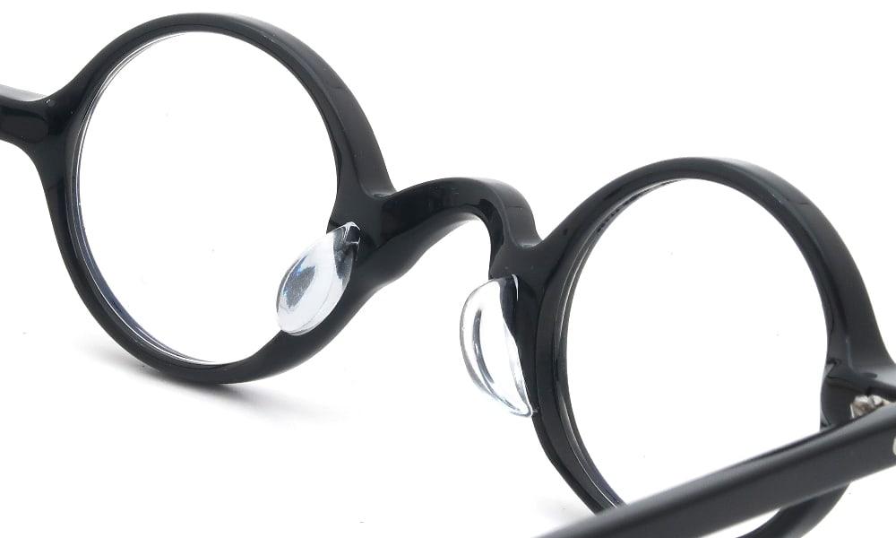 眼鏡の鼻あて・パット交換 TRACTION-PRODUCTIONS CORBUSIER 999 前