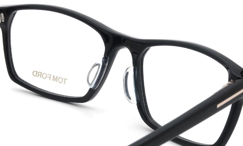 眼鏡の鼻あて・パット交換 TOM FORD TF-5295 001 後